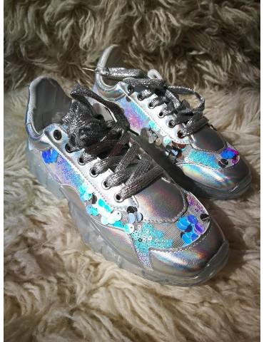Sneakersy srebrne