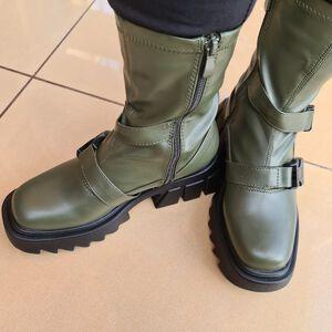Botki w zielonym kolorze  #botki #buty #obuwie #fashion #nowetrendy