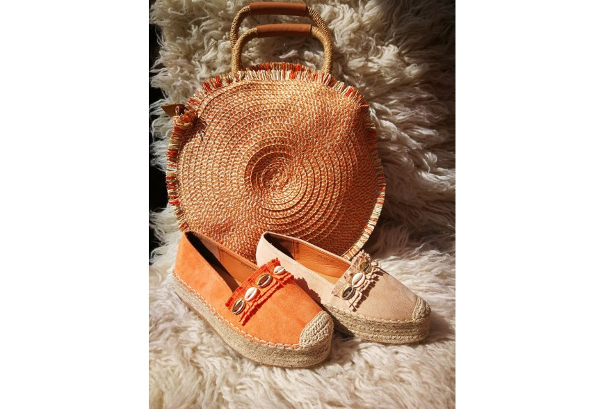 Promocja na obuwie i torebki